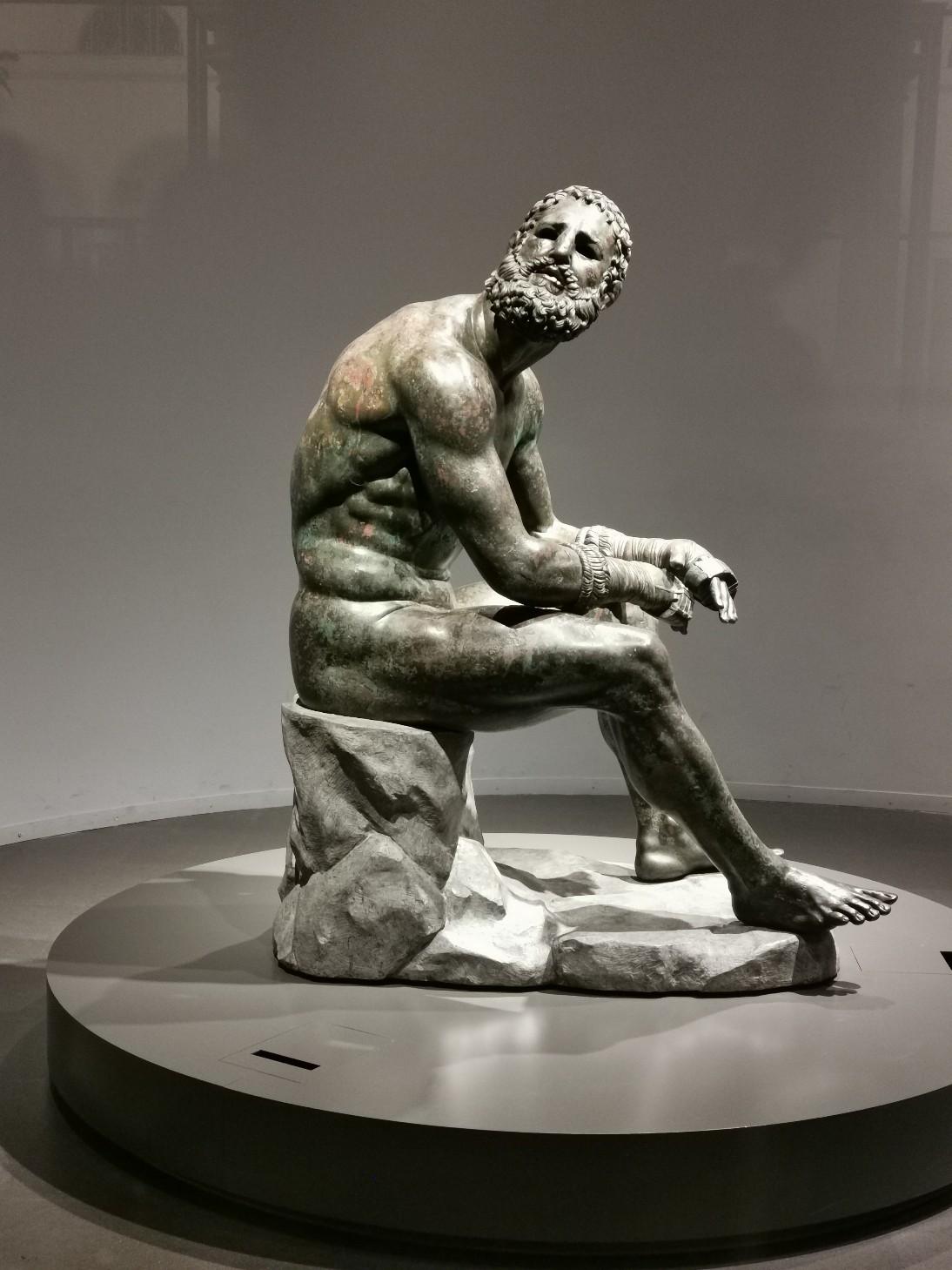 ローマで会いたい人~ローマ国立博物館マッシモ宮_f0106597_23030646.jpg