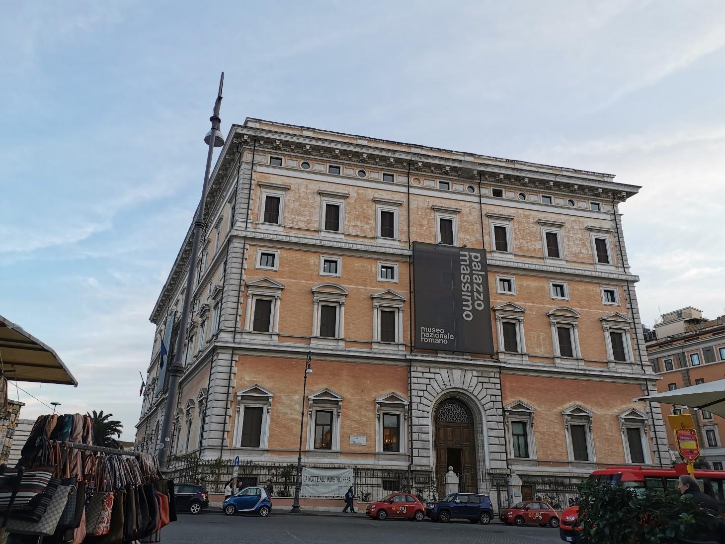 ローマで会いたい人~ローマ国立博物館マッシモ宮_f0106597_23060318.jpg