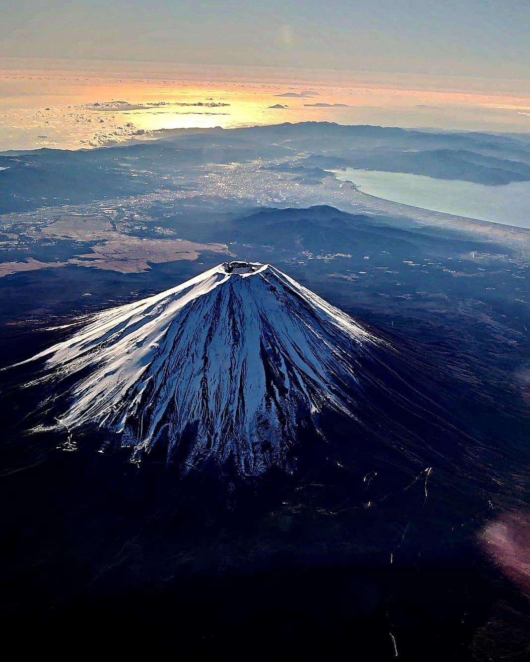 空から富士山綺麗です!_b0083801_09344219.jpg