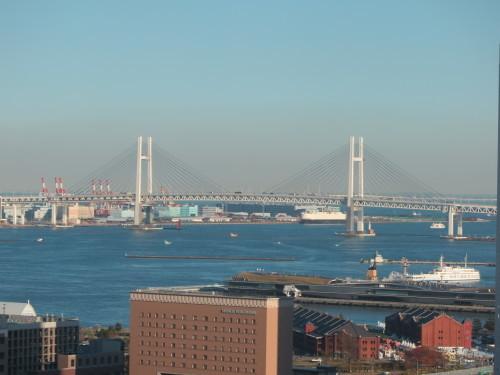 ニューオータニイン横浜プレミアム1809号室からの風景_c0075701_21575582.jpg