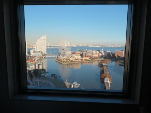 ニューオータニイン横浜プレミアム1809号室からの風景_c0075701_21592584.jpg