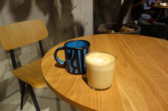HAY CAFE TOKYOさんでラテ_e0230011_19210512.jpg