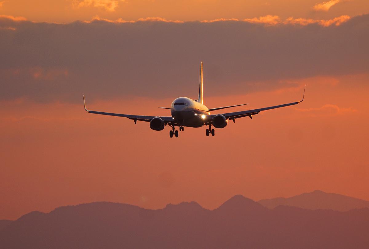 昨日の阿蘇熊本飛行場。_b0044115_03452257.jpg
