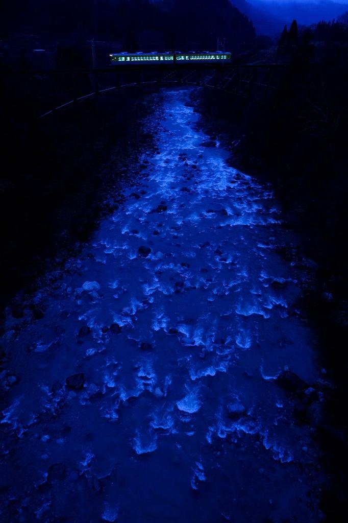 冬になったら「夜鉄」_f0050534_22124549.jpg