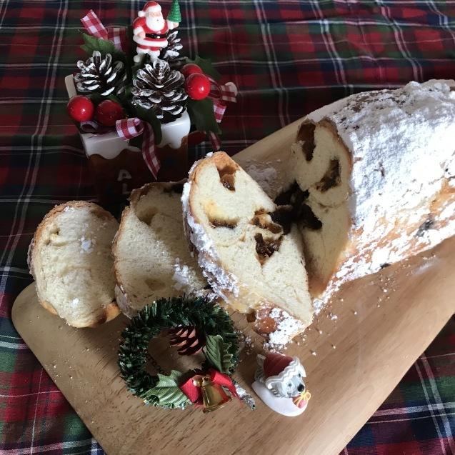 クリスマスに・・ちょっとのっぽなシュトーレン☆_e0141159_22015340.jpeg