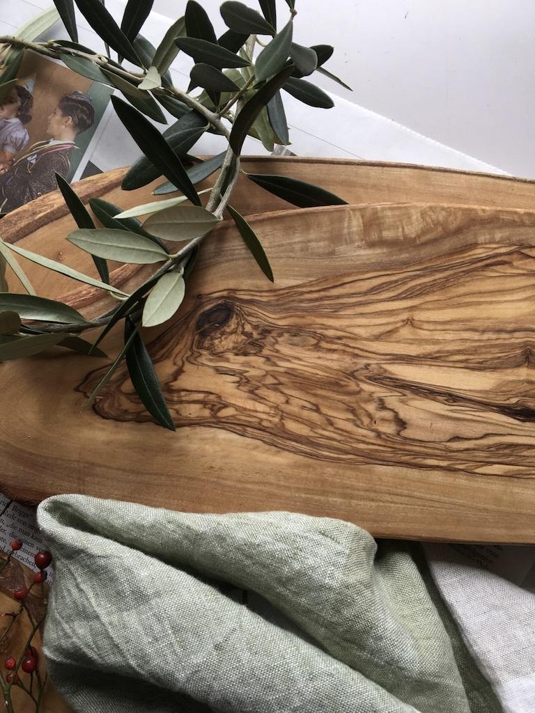 オリーブの木のカッティングボード_c0334574_19091976.jpg