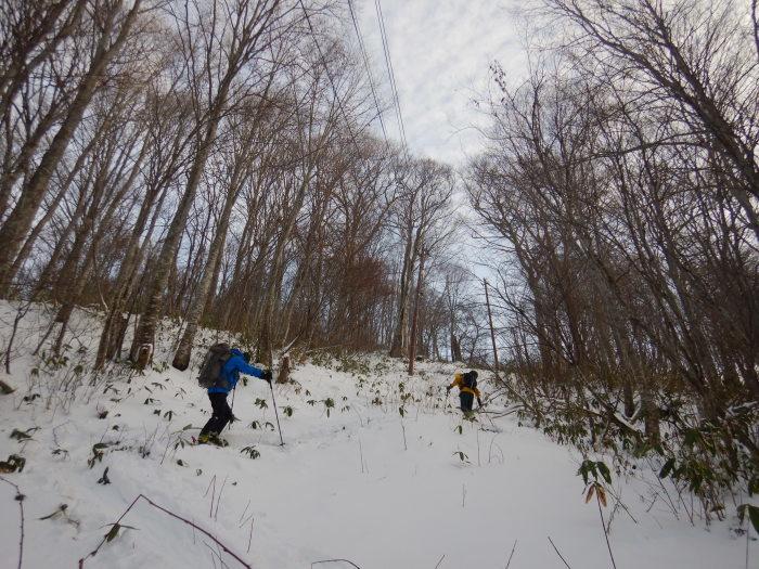 月山・姥ヶ岳で初滑り ~ 2019年12月1日_f0170180_21391907.jpg