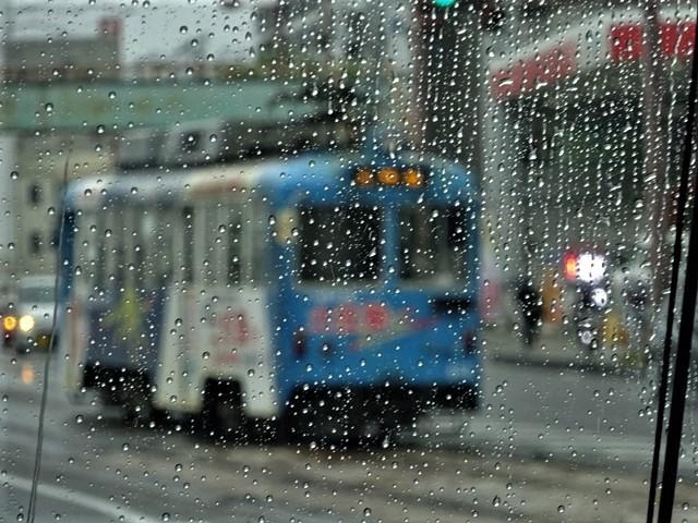藤田八束の鉄道写真@高知の路面電車、日本最古の路面電車高知を走る、高知の路面電車は走行距離も日本一、とさでん交通・土佐電鉄_d0181492_23504597.jpg