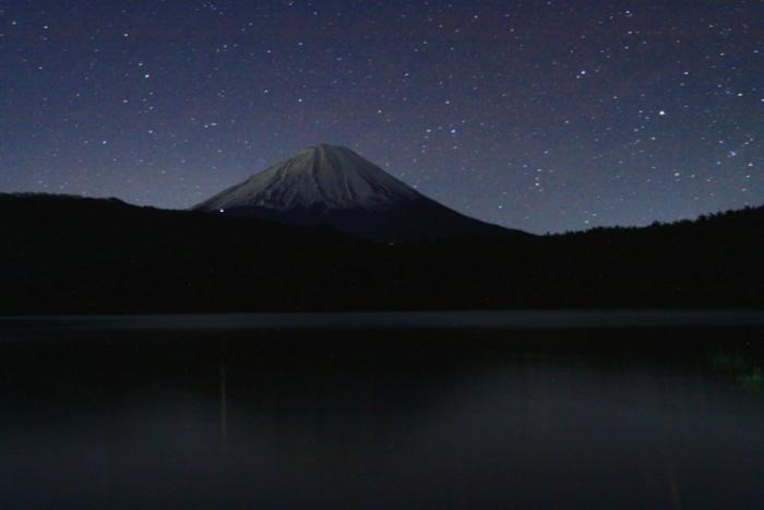 令和元年12月の富士 (2) 西湖の星空の富士_e0344396_22325394.jpg