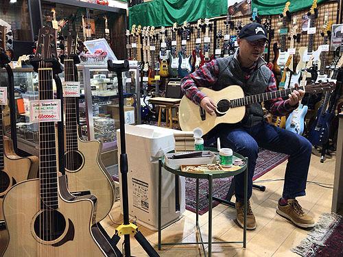 行ってきました! Yokoyama Guitars 「大試奏会」 2019_c0137404_21350030.jpg