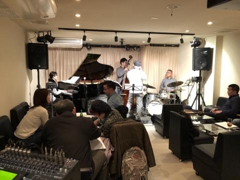 広島 Jazzlive Cominジャズライブカミン  本日12月9日月曜日のライブ_b0115606_11032264.jpeg