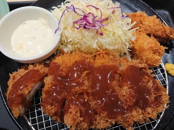 12/8 松のやル・シーニュ府中店 ロースかつ&カキフライ定食 with 冷奴_b0042308_01532425.jpg