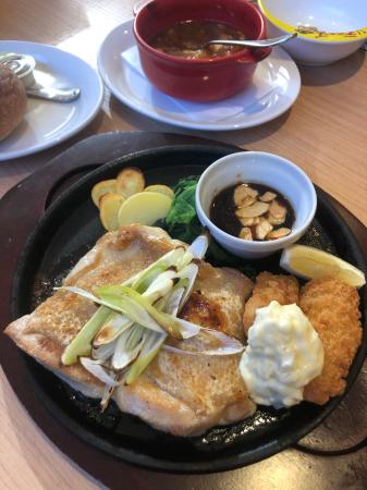 チキンのオーブン焼きとカキフライ_d0235108_01091188.jpg