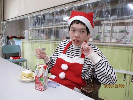 12/8 クリスマス会_a0154110_13413219.jpg