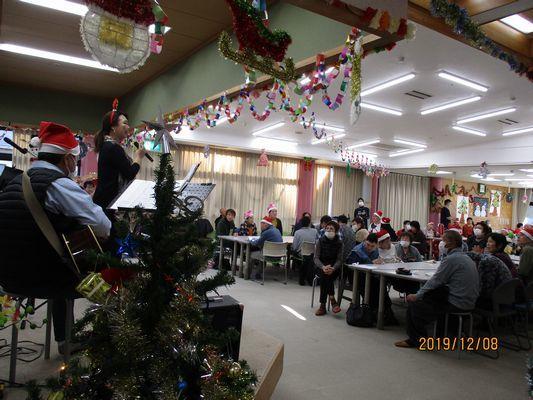 12/8 クリスマス会_a0154110_13413921.jpg