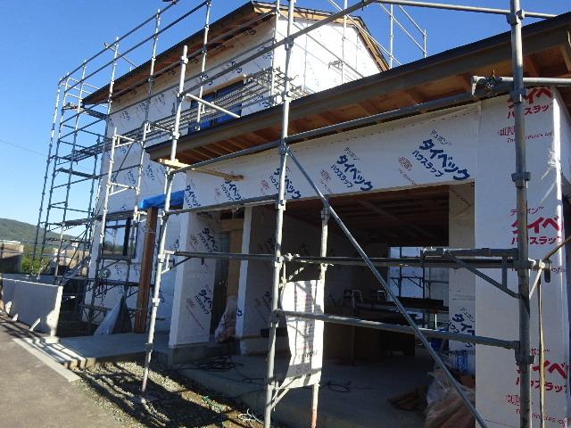 仙北町の家 大工工事が進行中です!_f0105112_04043342.jpg