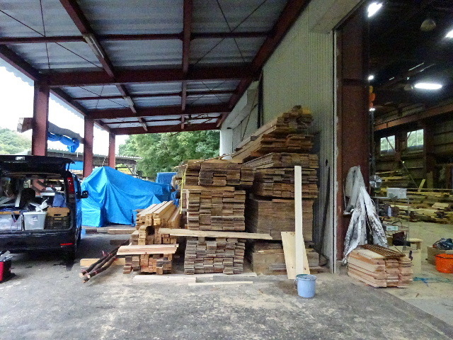 仙北町の家 大工工事が進行中です!_f0105112_04043379.jpg