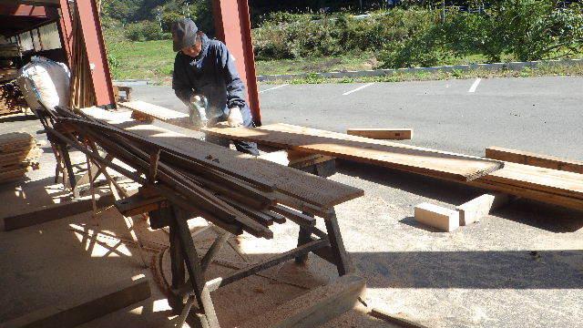 仙北町の家 大工工事が進行中です!_f0105112_04121048.jpg