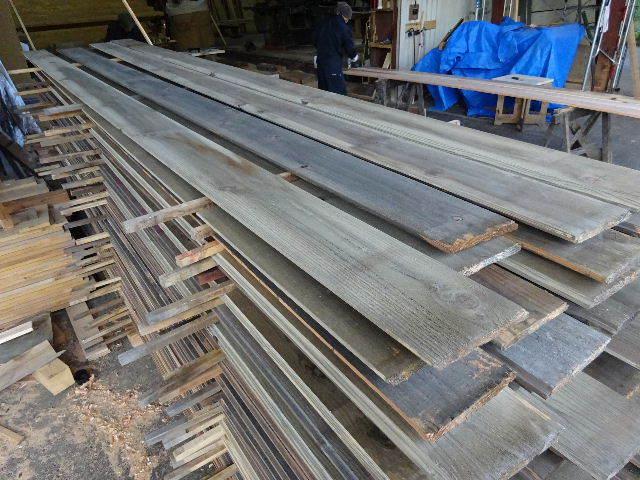 仙北町の家 大工工事が進行中です!_f0105112_04181267.jpg