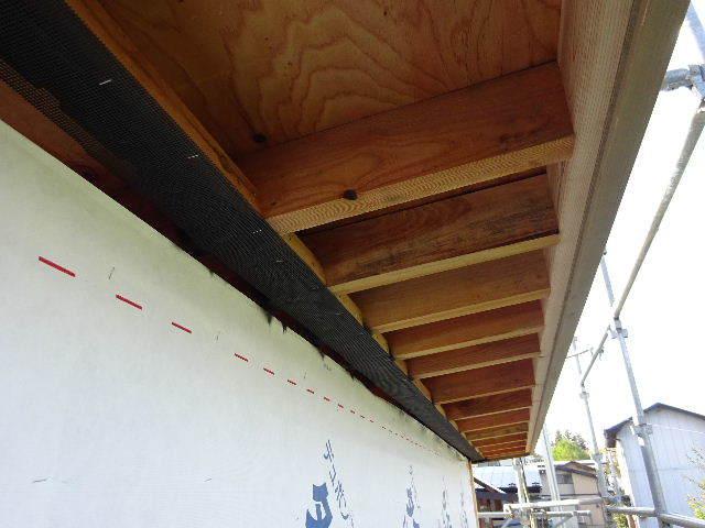 仙北町の家 大工工事が進行中です!_f0105112_04250106.jpg