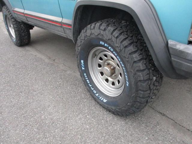 XJ チェロキー タイヤ交換  オイル 交換 エレメント交換_b0123820_14512588.jpg