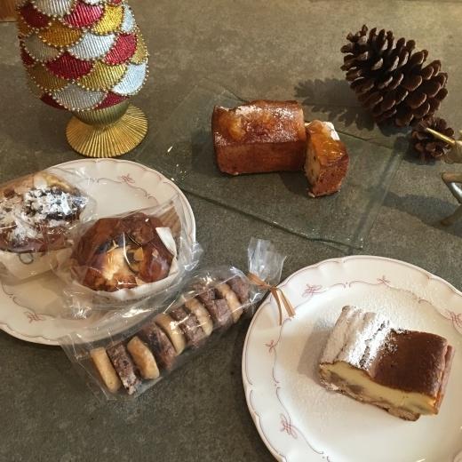 カフェもクリスマス仕様に。_f0229521_13145179.jpeg