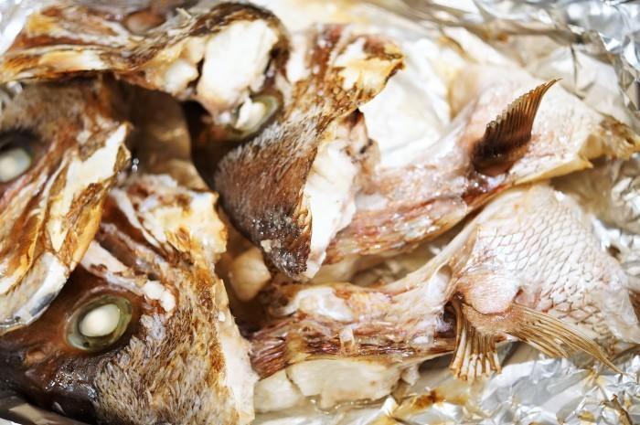 ■晩ご飯【鯛の粗汁】節約!簡単! ヘルシー!美味しい!安リッチ^0^_b0033423_08515298.jpg