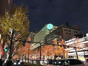 夕暮れの御堂筋_e0103024_00064601.jpg