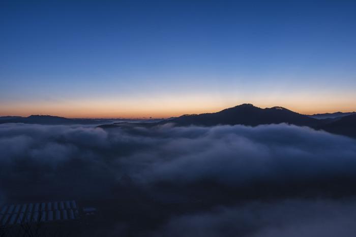 鎌倉山からの雲海_f0324026_18572781.jpg