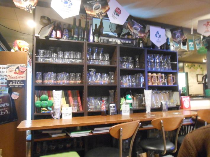 旅は美味しい。羽田の餃子と高松の地ビール。_a0095931_11521216.jpg