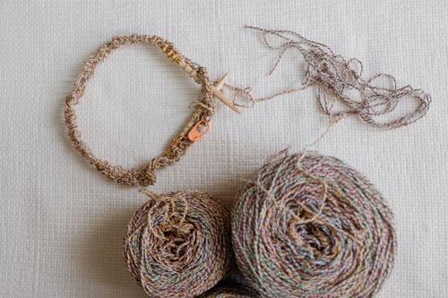 輪針      a circular knitting needle_b0029036_09360949.jpg
