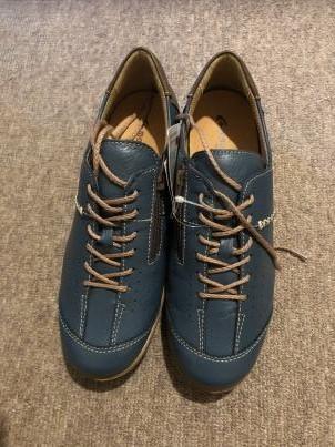 外反母趾に良い靴_c0341450_16301907.jpg