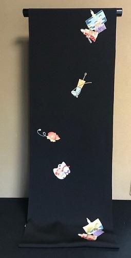 明日の営業・新春向商品・岡重お雛様&玩具小紋に帯三本。_f0181251_19033122.jpg