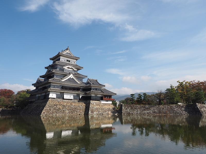 【Photo】早朝の松本城_b0008655_17472851.jpg