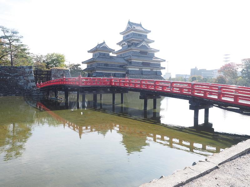 【Photo】早朝の松本城_b0008655_17484623.jpg
