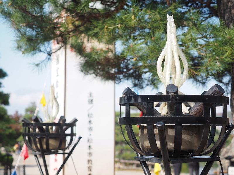 【Photo】早朝の松本城_b0008655_17501492.jpg