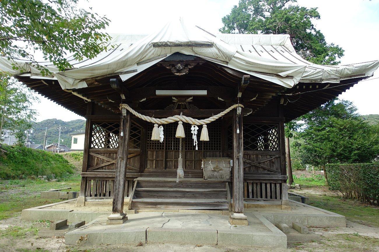 山口市の築山神社_c0112559_08272233.jpg