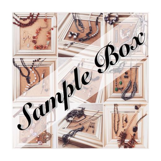 Sample Box 販売中!_f0156861_09311537.jpg