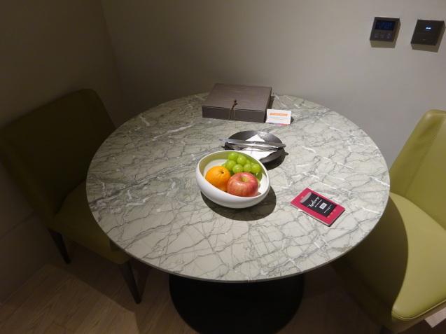たった26時間のソウル (3)「アンダーズソウル江南」の客室_b0405262_22565821.jpg