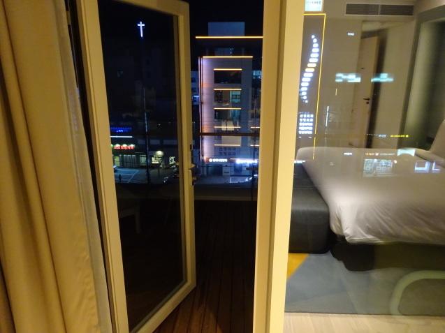 たった26時間のソウル (4)「アンダーズソウル江南」の客室の続き、プール、フィットネス_b0405262_23115670.jpg