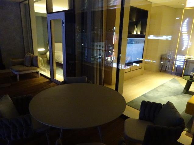 たった26時間のソウル (4)「アンダーズソウル江南」の客室の続き、プール、フィットネス_b0405262_23122650.jpg