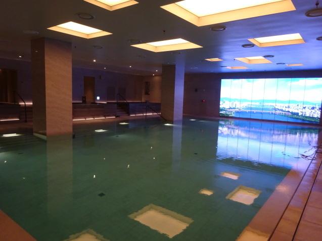 たった26時間のソウル (4)「アンダーズソウル江南」の客室の続き、プール、フィットネス_b0405262_23291340.jpg