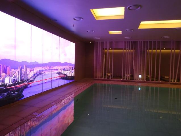たった26時間のソウル (4)「アンダーズソウル江南」の客室の続き、プール、フィットネス_b0405262_23292715.jpg