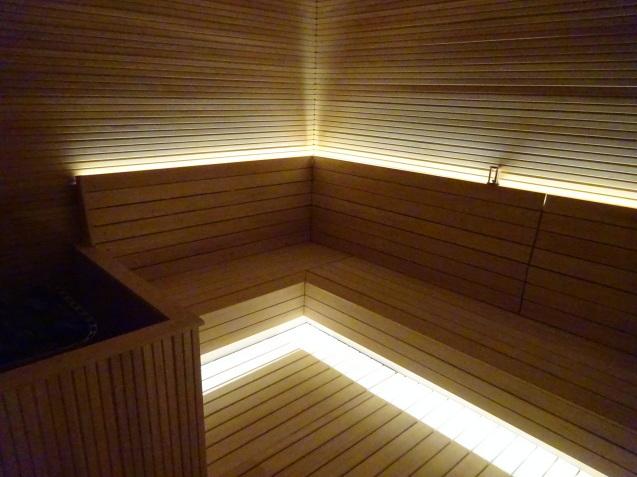 たった26時間のソウル (4)「アンダーズソウル江南」の客室の続き、プール、フィットネス_b0405262_23431519.jpg