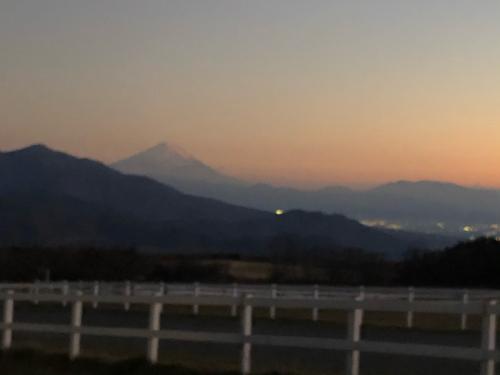 清里からの、富士、南アルプス。シルエットが素晴らしい。_d0338282_11092688.jpg