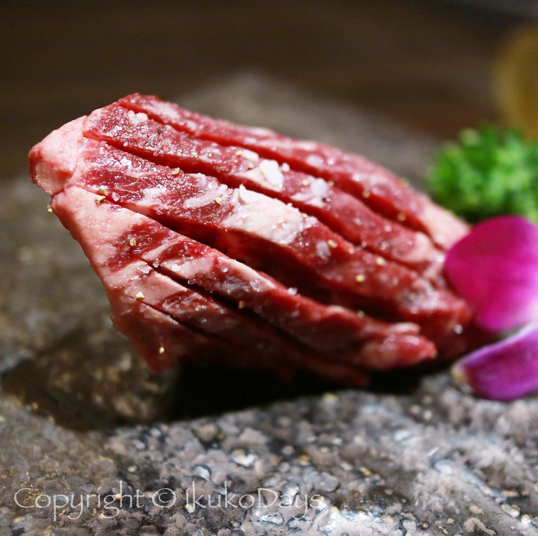 月島で ユッケと赤身肉を楽しみたいなら:『月島焼肉 ブルズ家』_d0114093_13160977.jpg