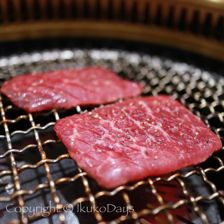 月島で ユッケと赤身肉を楽しみたいなら:『月島焼肉 ブルズ家』_d0114093_13163552.jpg
