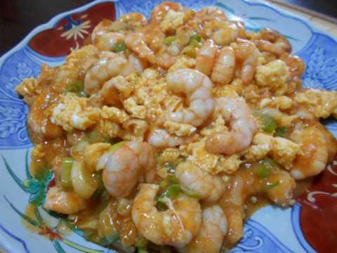 卵入りエビチリ&野菜いっぱいスープ_f0019498_18325174.jpg
