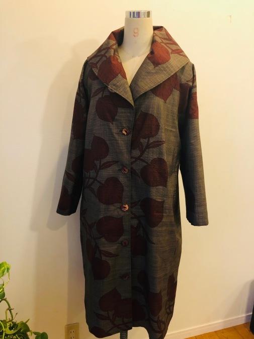 着物着物リメイク・ 大島のお着物から大きな襟コート_d0127925_17162968.jpg