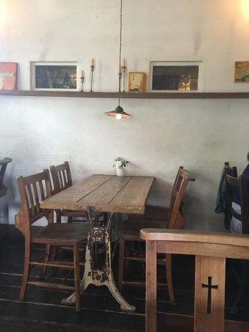 cafe LA FAMILLE_e0237625_16400812.jpeg